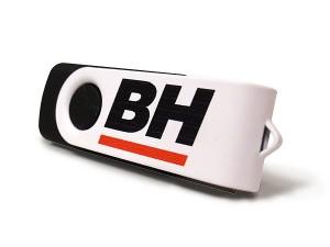 USB revolving negro con carcasa blanca metálica personalizada con logo
